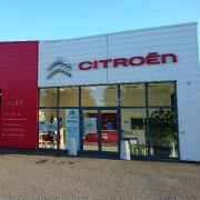 Mécanicien Sarl Automobiles Roussillon